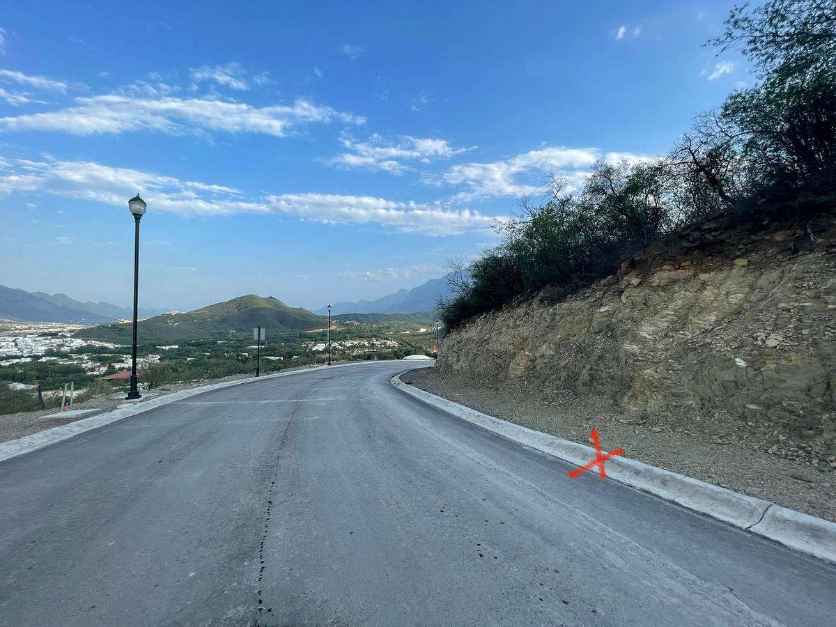 Foto Terreno en Venta en  Loma Bonita,  Monterrey  Loma Bonita