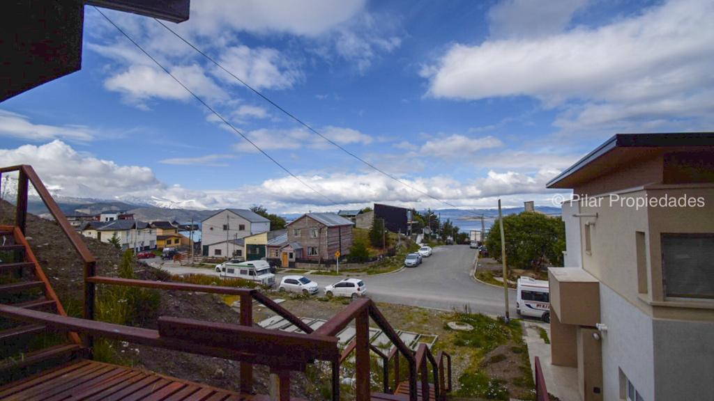 Foto Departamento en Alquiler en  Ushuaia ,  Tierra Del Fuego  Altos de Beban al 1000