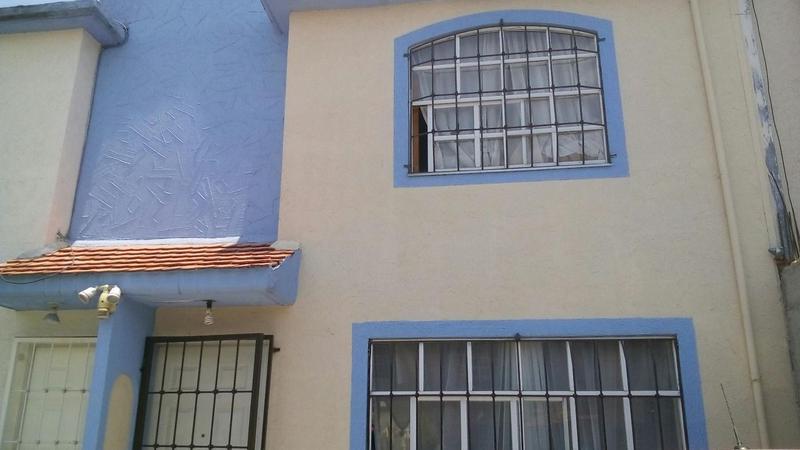 Foto Casa en condominio en Venta en  Los Sauces I,  Toluca  Casa en Venta.  Hacienda de Jurica.  Sauces V. Toluca, Edo. Mex.