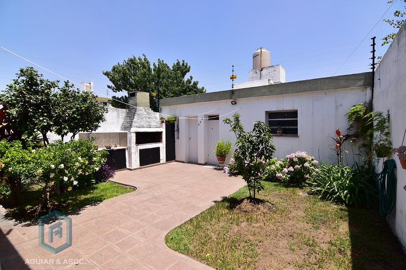 Foto Casa en Venta en  Lomas De San Martin,  Cordoba Capital   Emilio Casas Ocampo al 2900