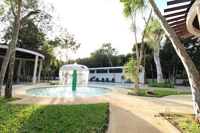 Foto Casa en Venta en  Tulum ,  Quintana Roo  Hermosa CASA 4 REC. EN RESIDENCIAL - ALTA PLUSVALIA Y AMENIDADES DE LUJO- BAHIA PRICIPE TULUM