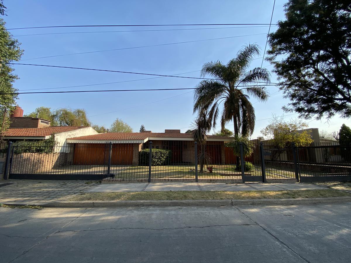 Foto Casa en Venta en  Granja De Funes,  Cordoba  Francisco de Olea al 6200