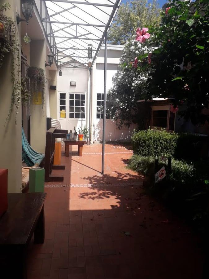 Foto Local en Alquiler en  La Plata ,  G.B.A. Zona Sur  63 y 6