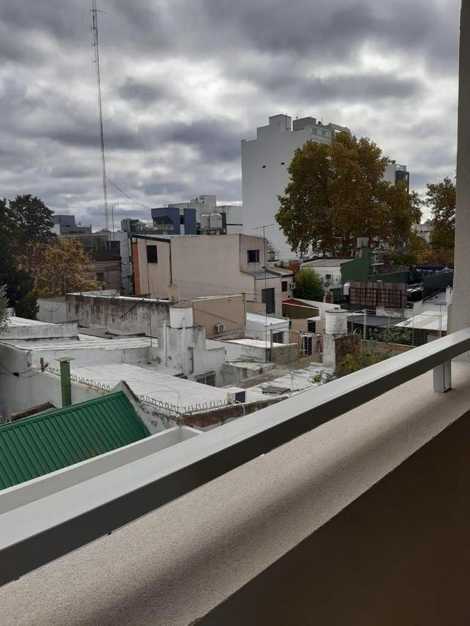 Foto Departamento en Venta en  La Plata,  La Plata  51 Entre 20 y 21