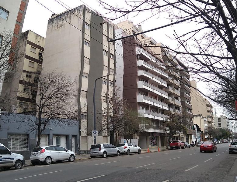Foto Departamento en Venta en  Nueva Cordoba,  Capital  Depto Nueva Córdoba -  3 Dormitorios - Oportunidad
