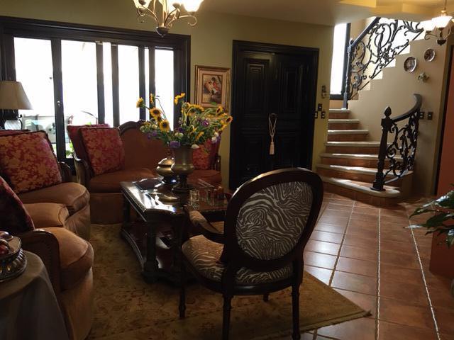 Foto Casa en condominio en Venta en  Curridabat,  Curridabat  Guayabos de Curridabat/ 4 habitaciones/ Bajo costo de Cuota de Mantenimiento