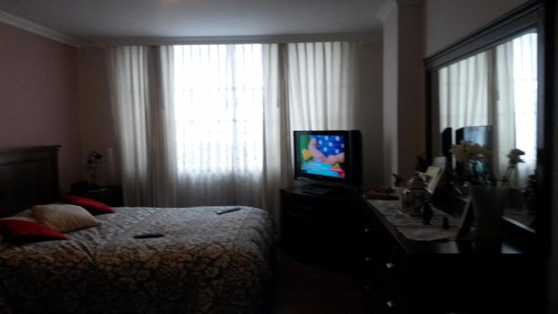 Foto Departamento en Venta en  Norte de Quito,  Quito  IMPECABLE DEPARTAMENTO SECTOR MONTESERRIN, 3 DORM., 116 m2,   $130.000,00