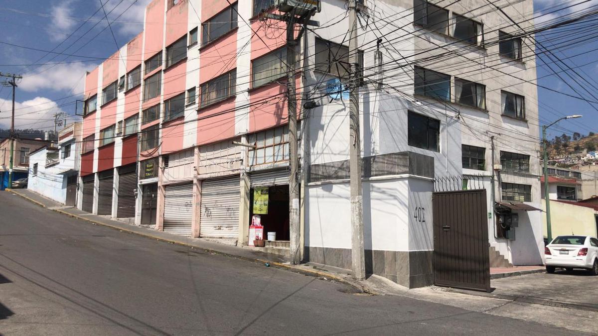 Foto Local en Venta en  Santa Bárbara,  Toluca  EDIFICIO EN VENTA UBICADO EN TOLUCA ATRAS DEL PALACIO DE GOBIERNO
