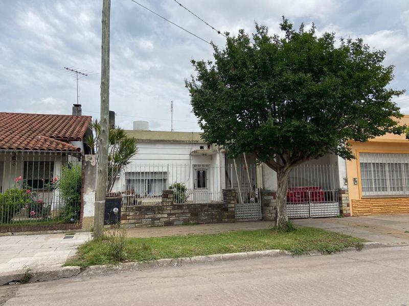 Foto Casa en Venta en  San Miguel,  San Miguel  Leandro N. Alem  al 2250