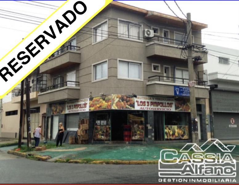 Foto Departamento en Alquiler en  Lanús Oeste,  Lanús  MANUEL QUINDIMIL 804