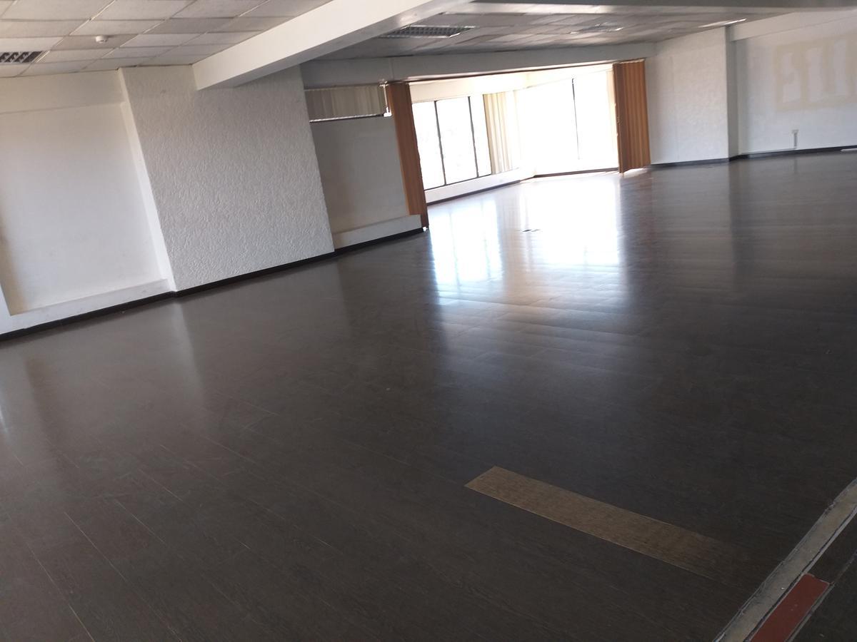 Foto Oficina en Alquiler en  Centro Norte,  Quito  AV. PATRIA