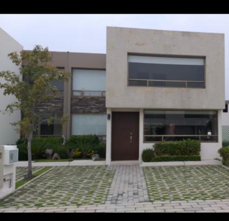 Foto Casa en condominio en Renta en  San Andrés Ocotlán,  Calimaya  CASA EN RENTA EN CALIMAYA, RESIDENCIAL LOMAS VIRREYES