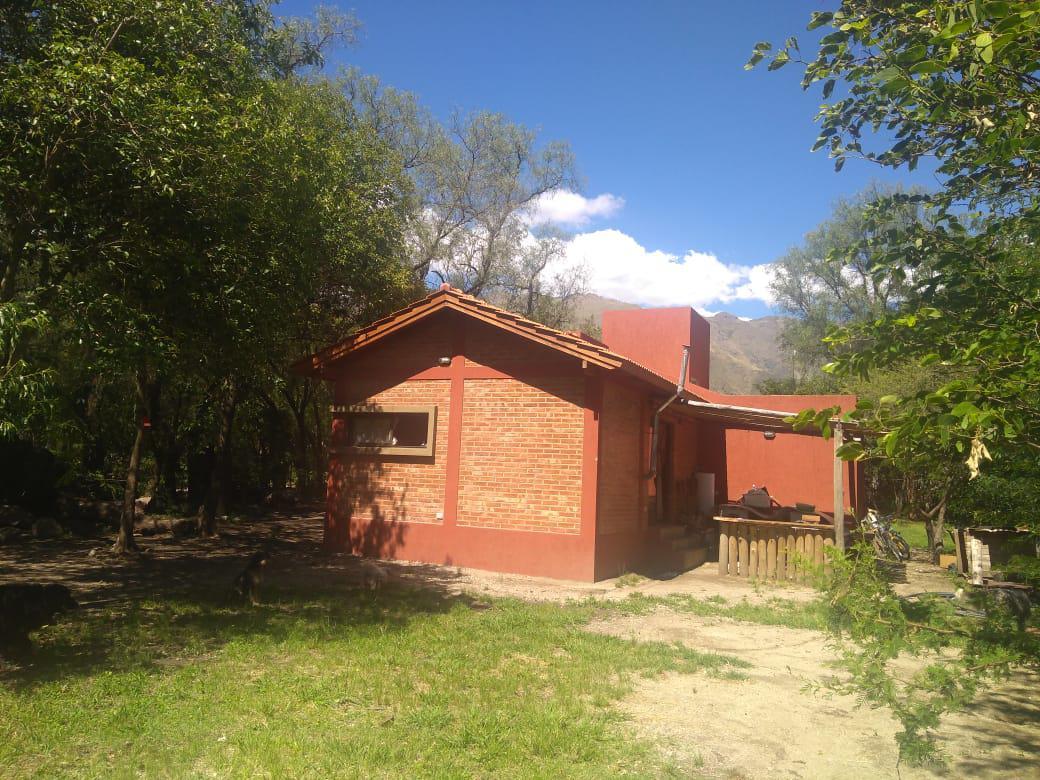 Foto Casa en Venta en  Junin ,  San Luis               Se vende Casa, Estilo cabaña en Piedra Blanca, Merlo (SL)