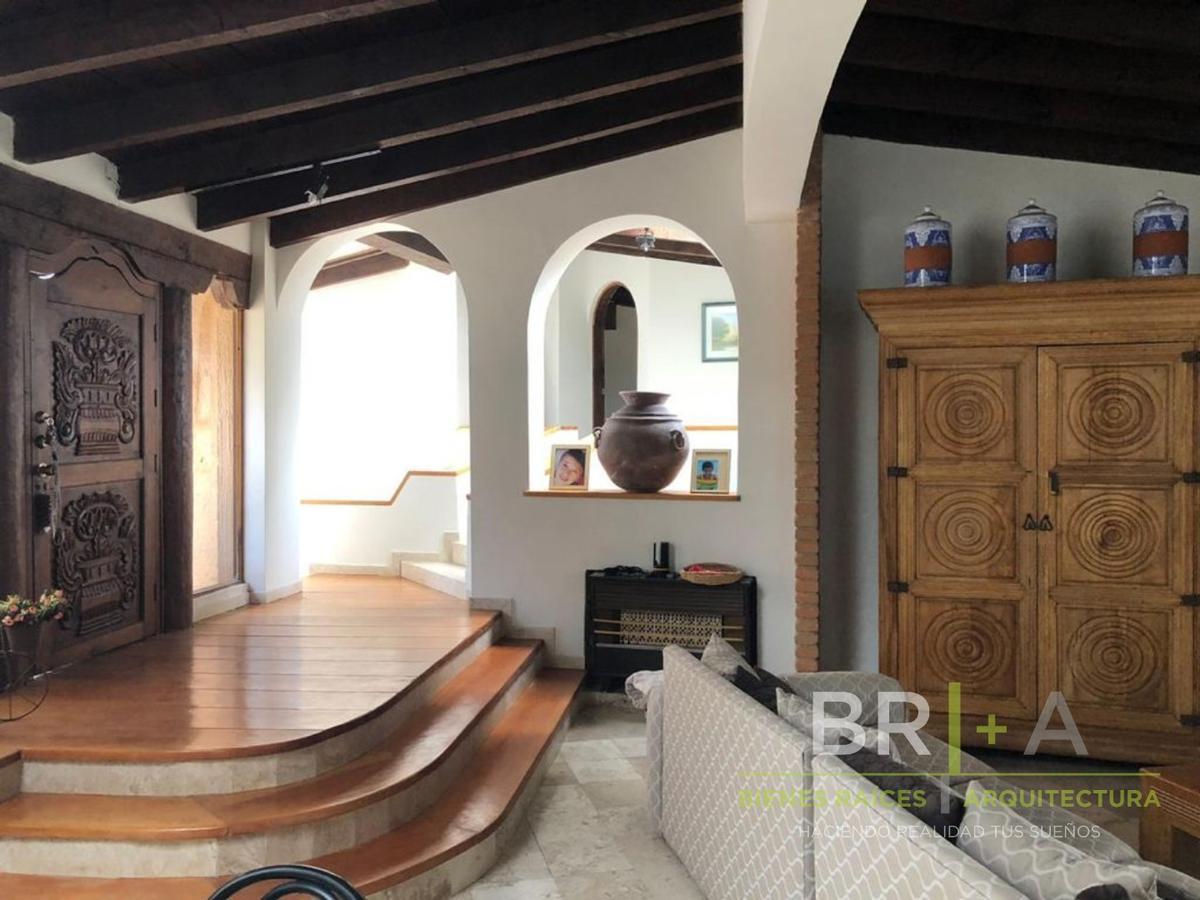 Foto Casa en condominio en Venta en  Avándaro,  Valle de Bravo  Venta de casa en Avándaro con Vista al Lago