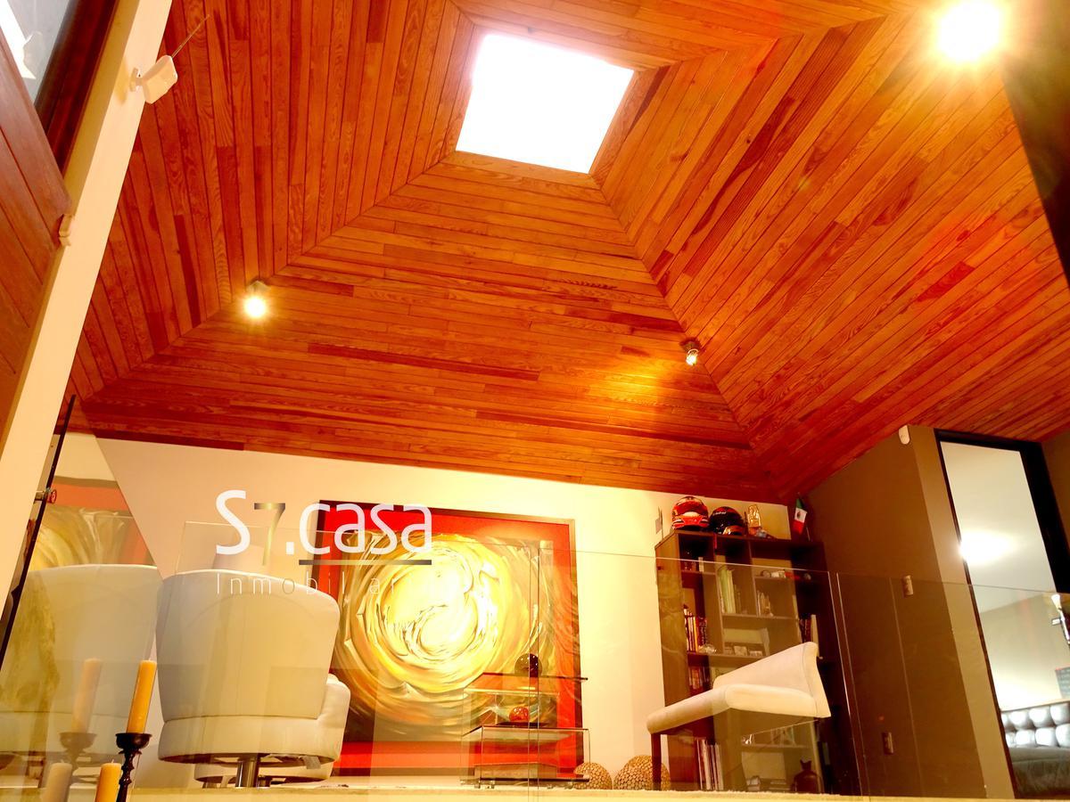 Foto Casa en Venta en  Lomas de Tecamachalco,  Naucalpan de Juárez  Casa en venta Lomas de Tecamachalco, remodelada