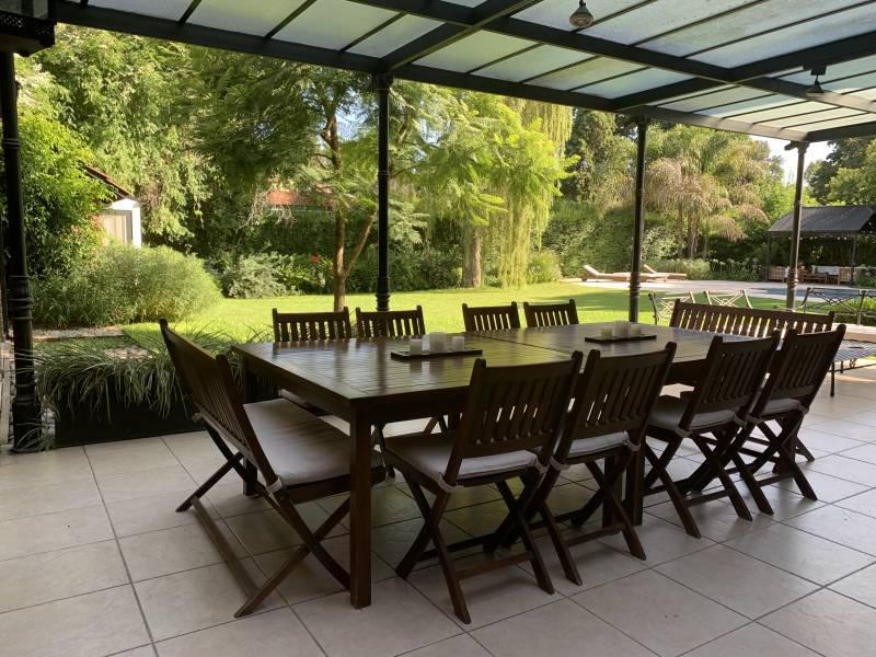 Foto Casa en Alquiler en  Mayling Club De Campo,  Countries/B.Cerrado (Pilar)  Mayling CC