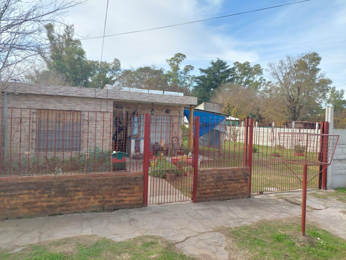 Foto Casa en Venta en  Merlo ,  G.B.A. Zona Oeste  CASTELLANOS al 400