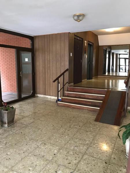 Foto Departamento en Venta en  La Plata ,  G.B.A. Zona Sur  55 entre 8 y 9