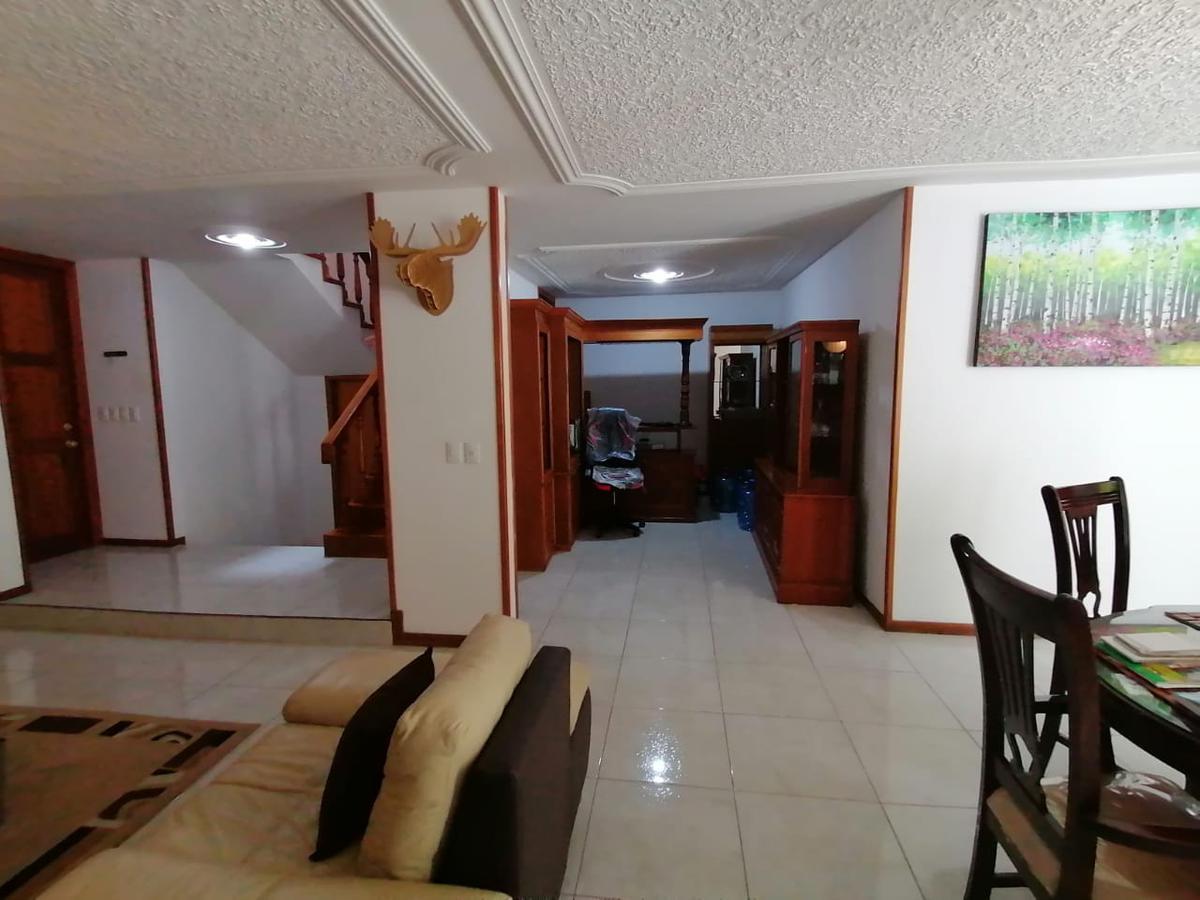 Foto Casa en Venta en  Bosques del Refugio,  León  Casa en VENTA en Bosques del Refugio cerca de Plaza Mayor