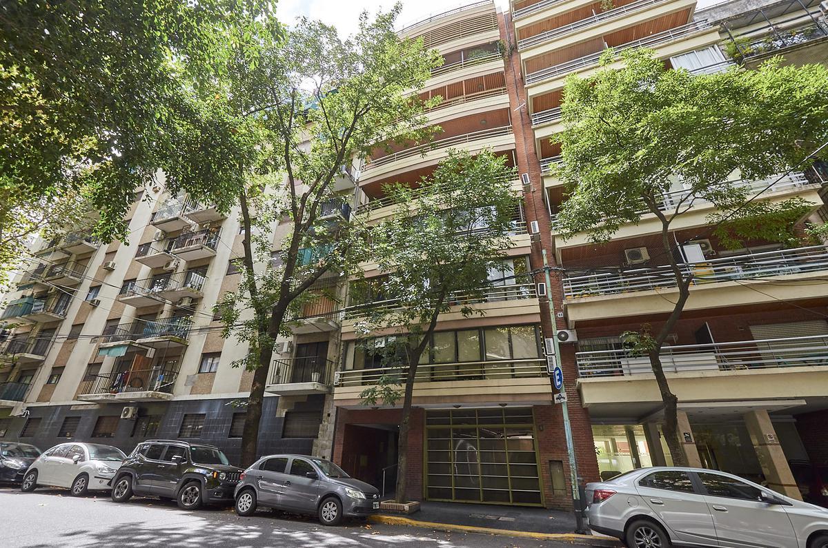 Foto Departamento en Venta en  Recoleta ,  Capital Federal  Agüero al 1000