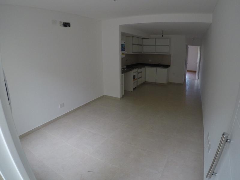 Foto Departamento en Alquiler en  San Miguel ,  G.B.A. Zona Norte  Zuviria 947