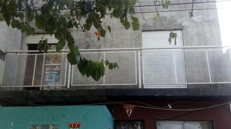 Foto Casa en Venta en  Manuel B Gonnet,  La Plata  509 y 132