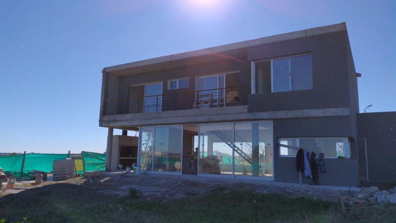 Foto Casa en Venta en  San Sebastian,  Countries/B.Cerrado  BARRIO SAN SEBASTIAN , AREA 1 LOTE 95