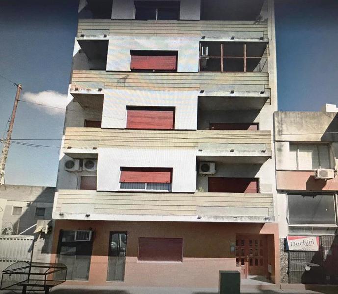 Foto Departamento en Alquiler en  Lomas De Zamora ,  G.B.A. Zona Sur  Loria 72 7C