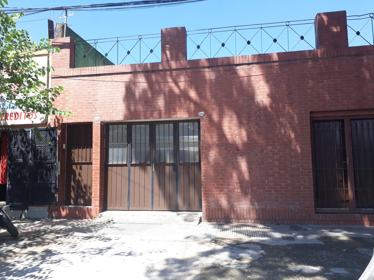 Foto Casa en Venta |  en  Villa Alem,  San Miguel De Tucumán  Jujuy al 1200