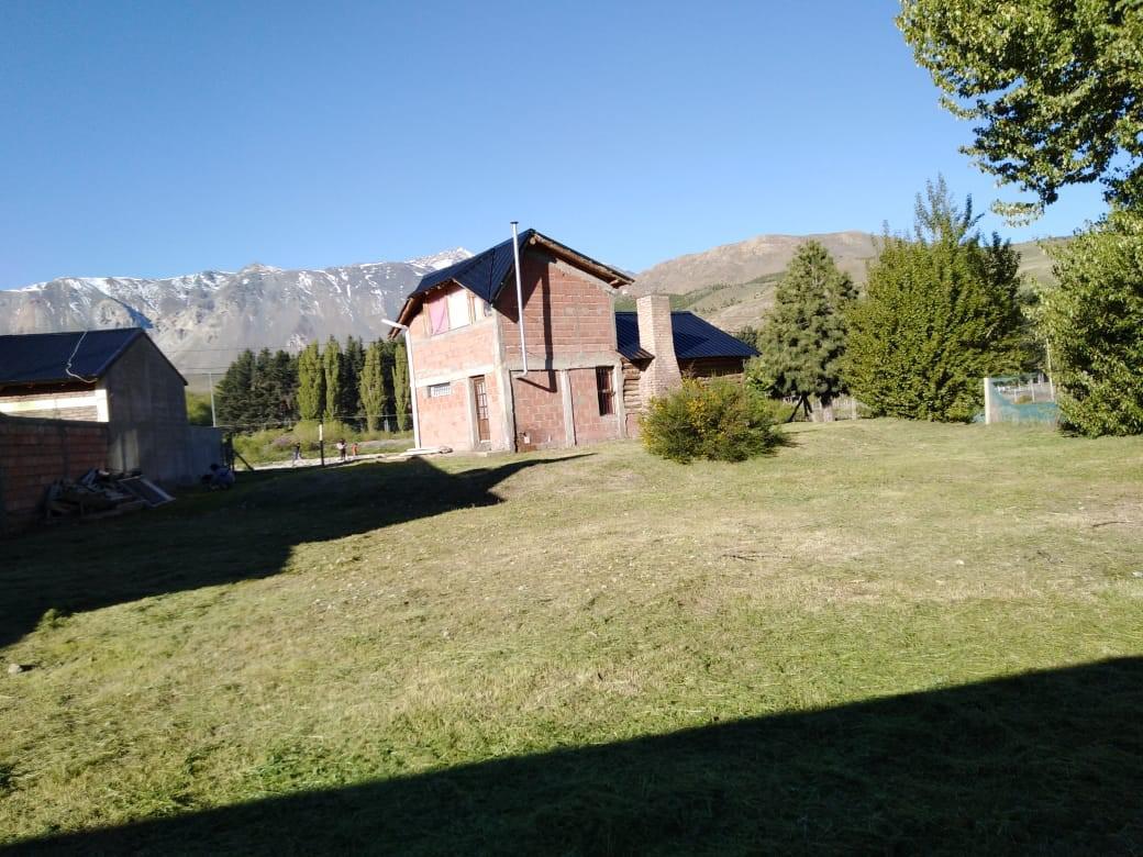 Foto Casa en Venta en  Esquel,  Futaleufu  Tamburini esquina J.M. de Rosas