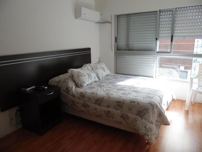 Foto Departamento en Alquiler en  Pocitos ,  Montevideo  Uruguay- Montevideo