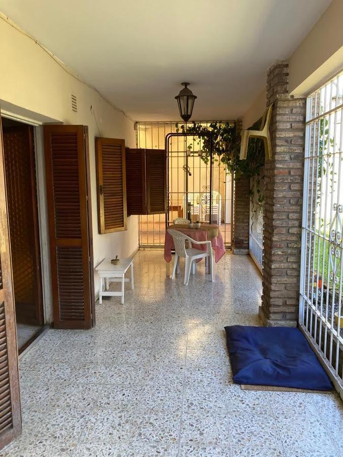 Foto Casa en Venta en  Roque Saenz Peña,  Rosario  H. de la Quintana al 400