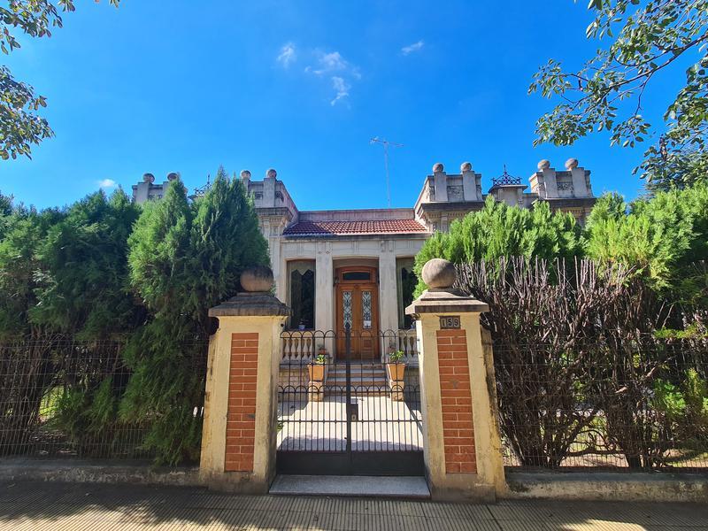Foto Casa en Venta en  Alta Gracia,  Santa Maria  Se vende hermosa casa en  ALTA GRACIA - Frente de Restauran Herencia