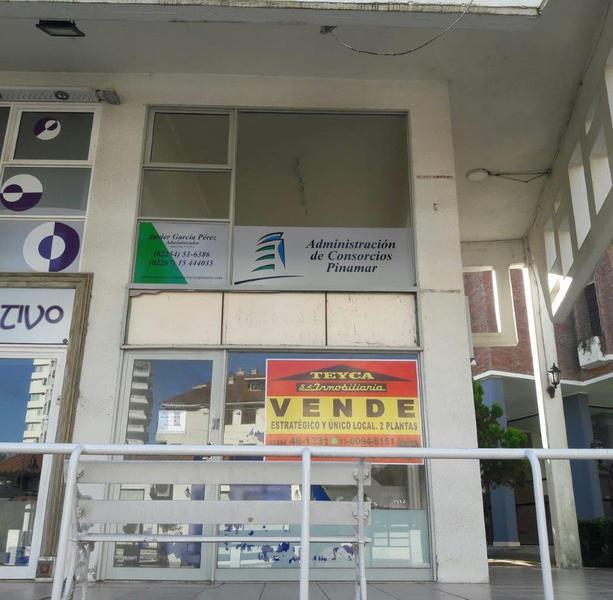 Foto Local en Venta en  Centro,  Pinamar  DE LAS Artes 275 E/ Av. Libertador y Toninas