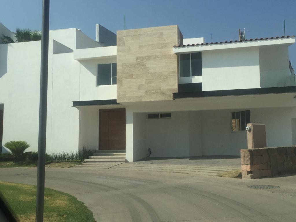 Foto Casa en Renta en  Villantigua,  San Luis Potosí  CASA EN RENTA EN VILLA ANTIGUA, SAN LUIS POTOSI
