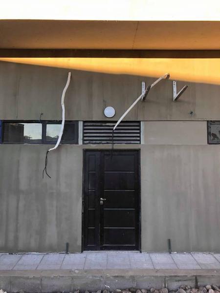 Foto Local en Alquiler en  Área Centro Este ,  Capital  ILLIA 44