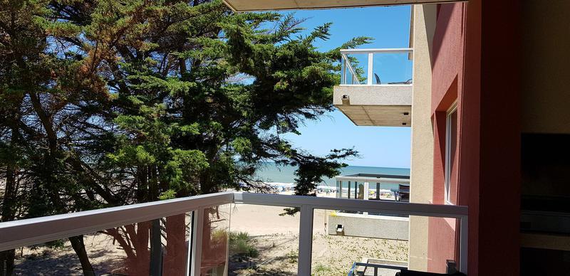 Foto Departamento en Venta en  Las Gaviotas,  Mar Azul  Dpto 3 amb -  Edificion Mirasoles