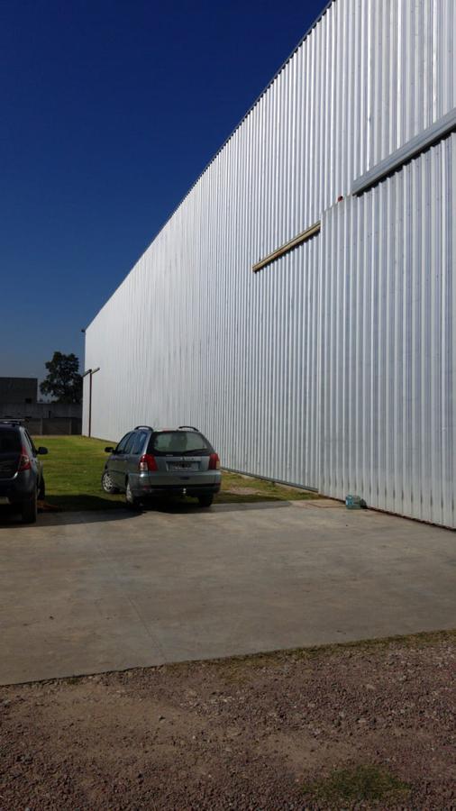 Foto Depósito en Alquiler en  Moreno ,  G.B.A. Zona Oeste  Abelardo Arias al 3400