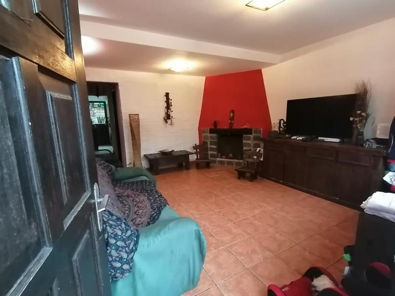Foto Casa en Venta en  Pque Batlle Villa Dolores ,  Montevideo  Hermosa casa Parque Batle - Villa Dolores  , muy luminosa 2 plantas , 2  dormitorios, 2 baños,fondo con parrilero