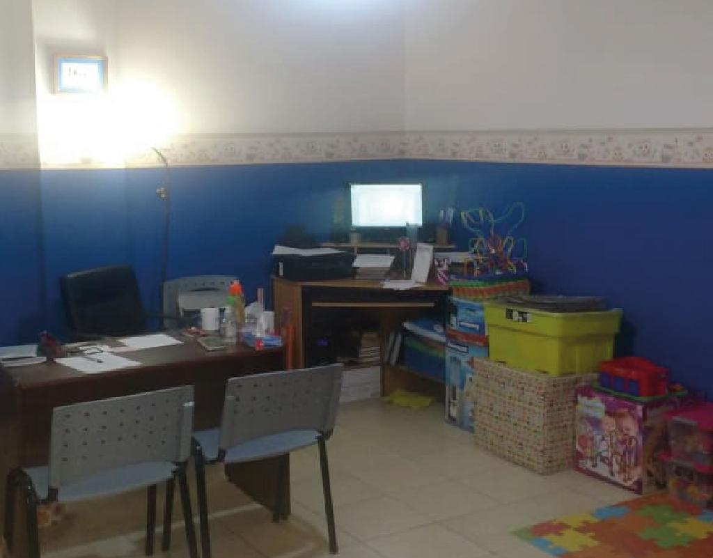 Foto Oficina en Venta en  San Miguel De Tucumán,  Capital  junin al 100