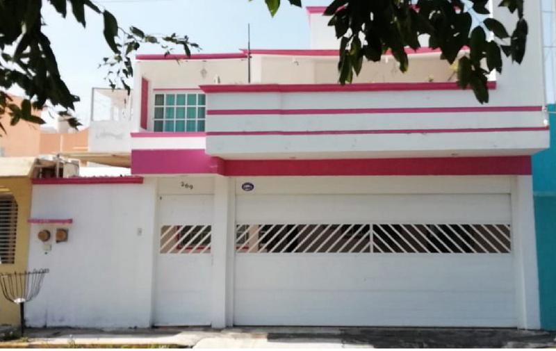 Foto Casa en Venta en  Fraccionamiento Flores Del Valle,  Veracruz  CASA EN VENTA EN FRACC. FLORES DEL VALLE