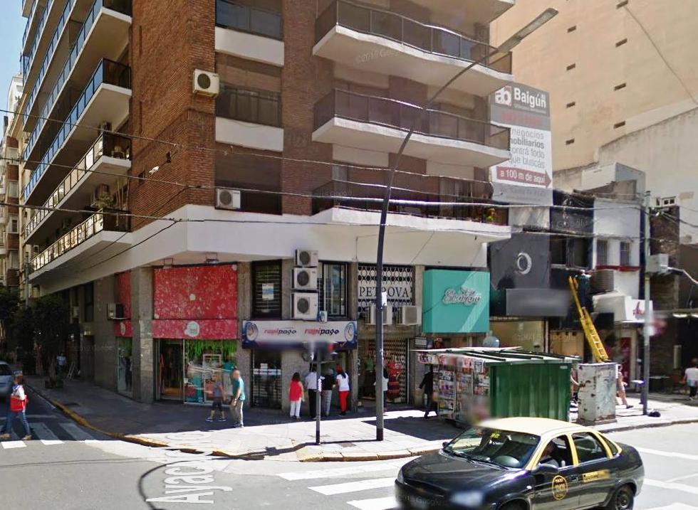 Foto Local en Alquiler en  Recoleta ,  Capital Federal  Av. Santa Fe y Ayacucho
