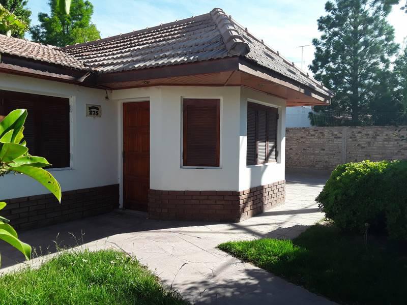 Foto Casa en Venta en  Rincón de Emilio,  Capital  Australia al 200