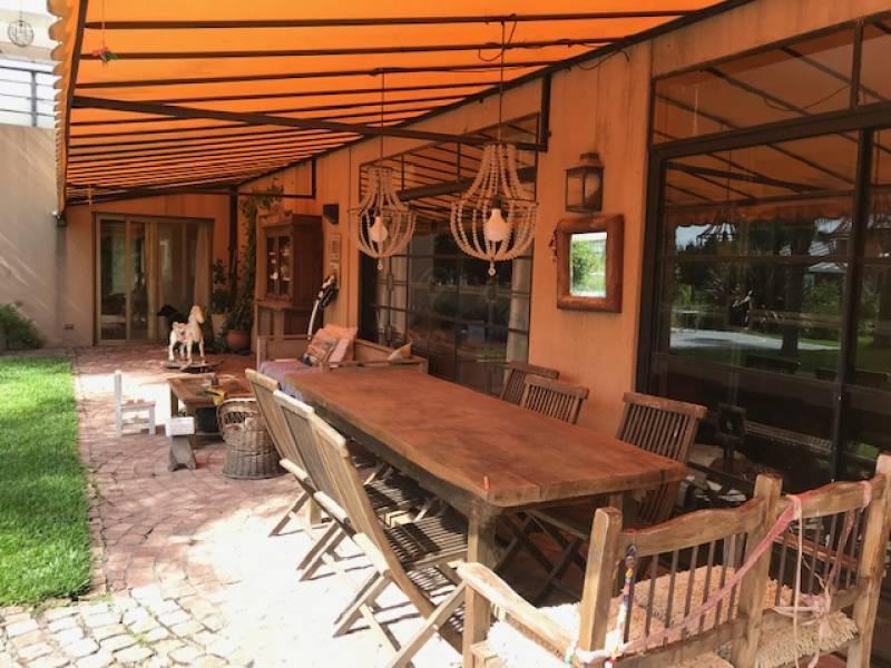 Foto Casa en Venta en  Pilar Del Este,  Countries/B.Cerrado (Pilar)  Los Jazmines 80