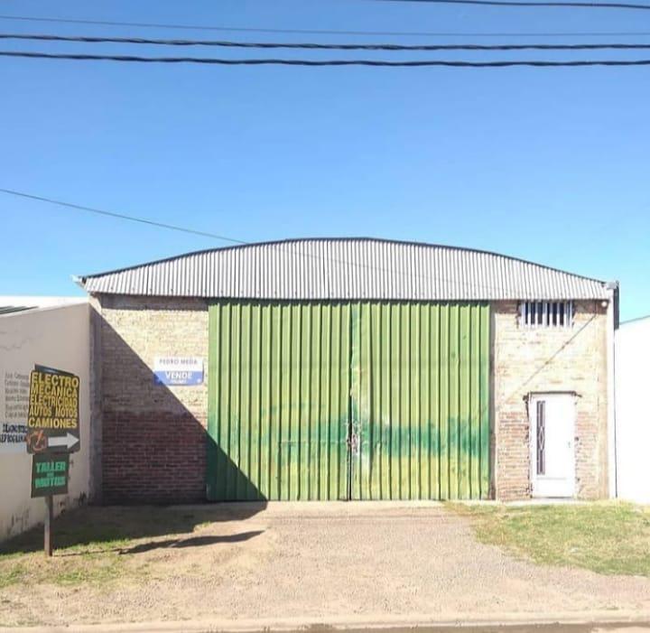 Foto Galpón en Venta | Alquiler en  Gualeguay ,  Entre Rios  Villaguay y Belgrano