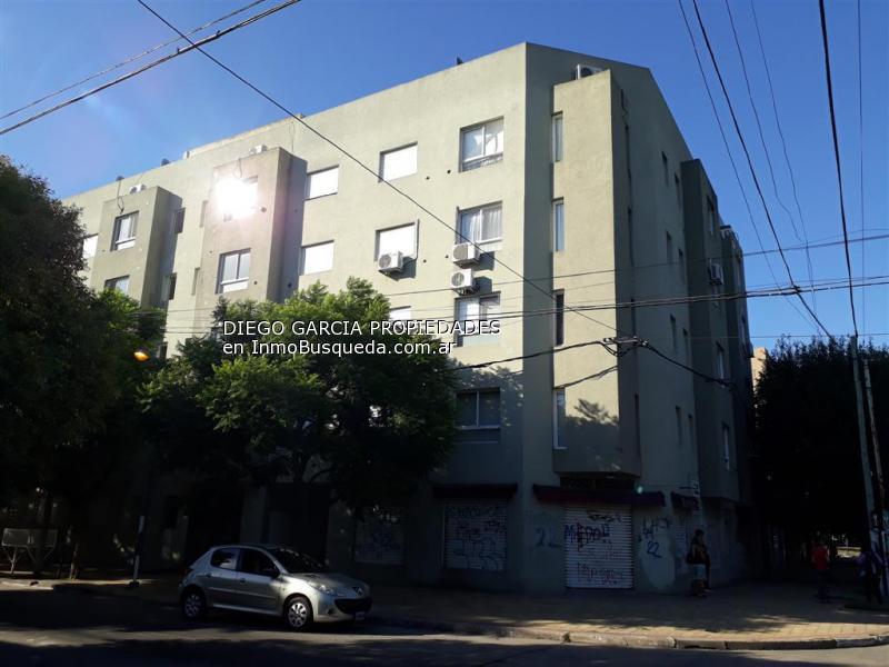 Foto Departamento en Alquiler en  La Plata,  La Plata  24 y 60