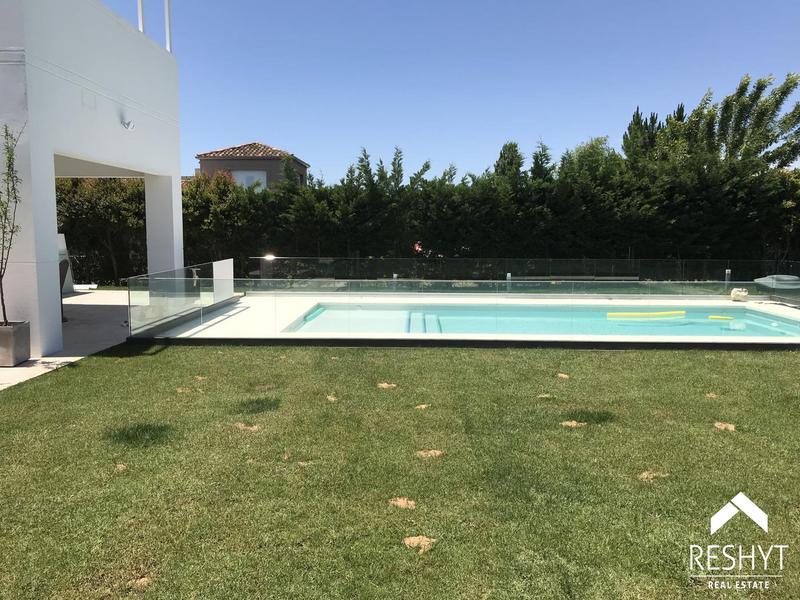 Foto Casa en Venta | Alquiler en  El Golf,  El Golf  EL GOLF - NORDELTA