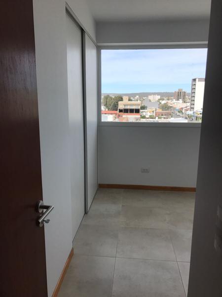 Foto Departamento en Alquiler en  Puerto Madryn,  Biedma  San Martin 274 5° E