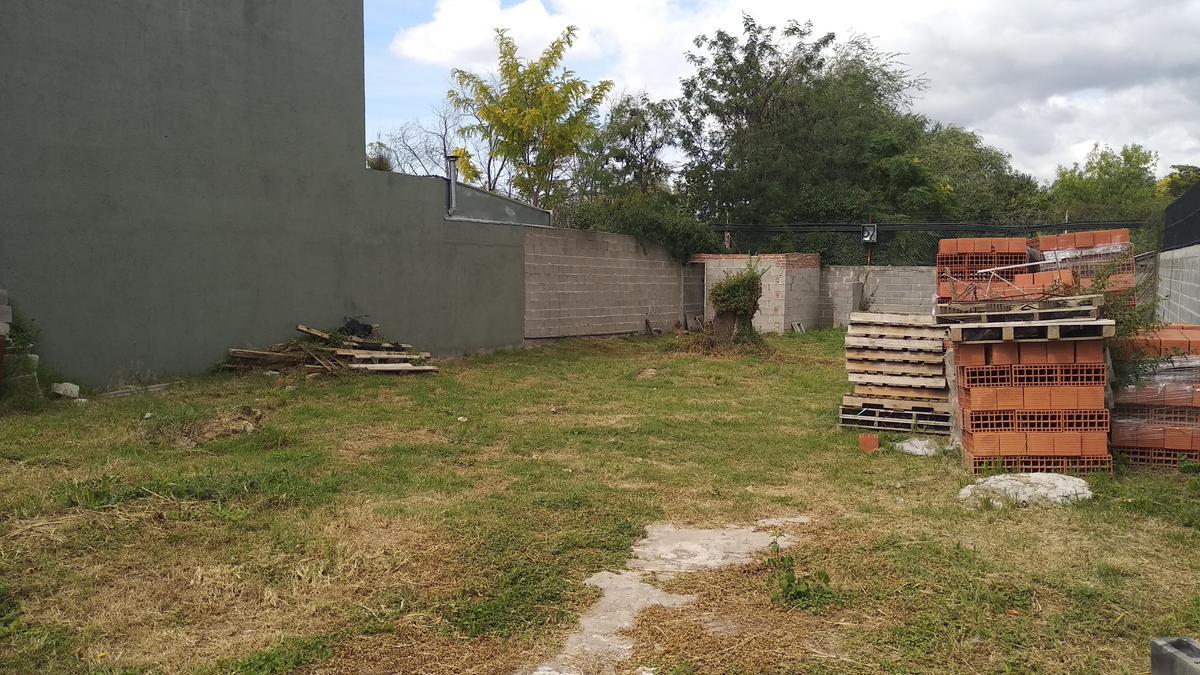 Foto Terreno en Venta en  Barrio Privado La Catalina,  Cordoba Capital  Av. Agrim Enrique Bodereau 8700