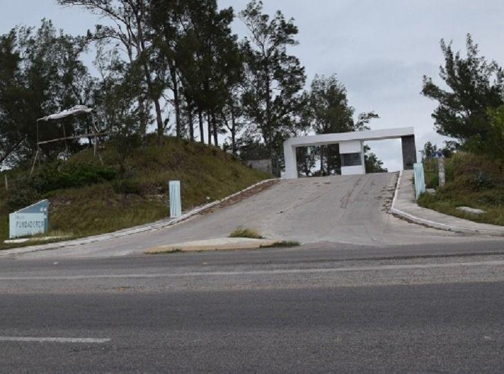 Foto Terreno en Venta en  Fraccionamiento Fundadores,  Ciudad Madero  Terreno en venta en Fraccionamiento, Fundadores, Ciudad Madero, Tamaulipas